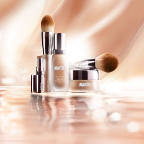 La Mer takes Beauty Beyond Skincare! A glowing new chapter begins!