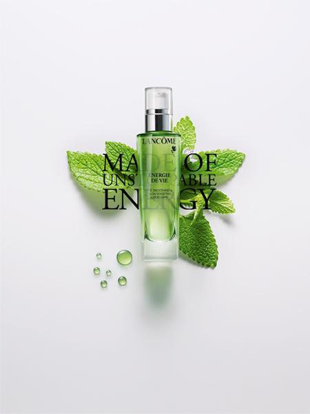 ÉNERGIE DE VIE the Smoothing & Glow Boosting Liquid Care της Lancôme