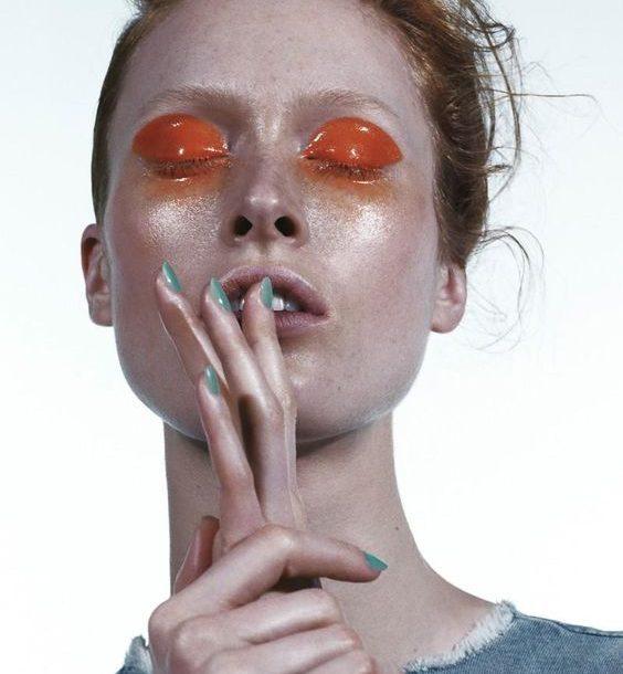 Neon Explosion – To big bang της μόδας γίνεται με φλούο αποχρώσεις!