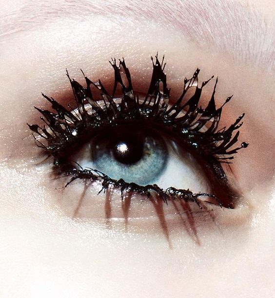 Νέα Mascara Volume Effet Faux Cils THE SHOCK