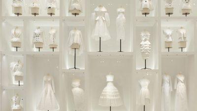 Style adores Dior – Christian Dior: Couturier de Reve!