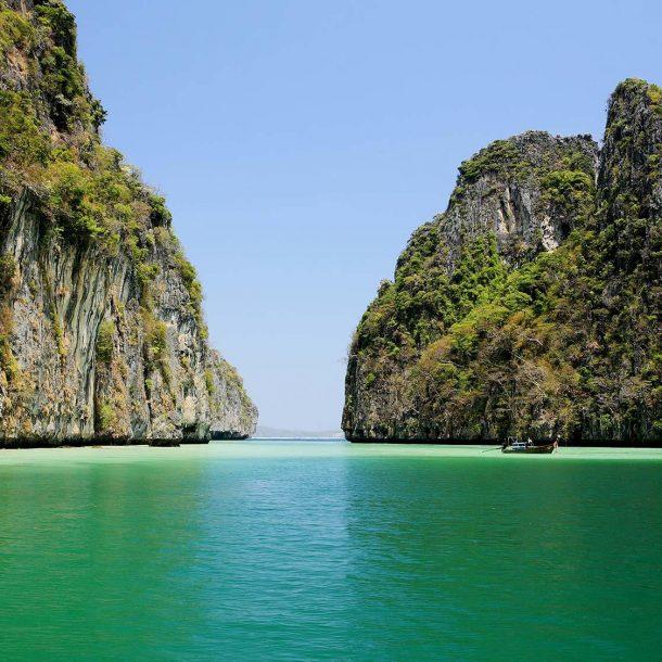 Βarefoot holidays – Step back to simplicity! Phi Phi islands –  Zeavola resort village…