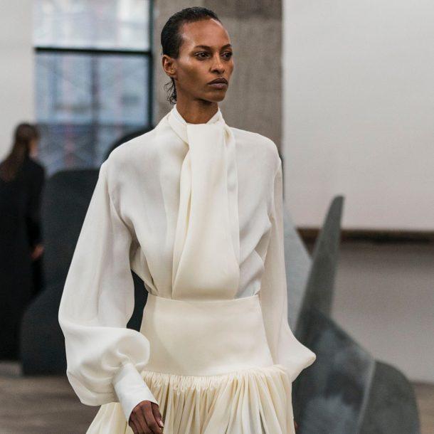 Isamu Noguchi – The Row FW 2018/2019 – H Αλληλένδετη σχέση Μόδας – Τέχνης!