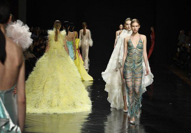 Celia Kritharioti Haute Couture SS2019 – Στο τσίρκο των χρωμάτων!