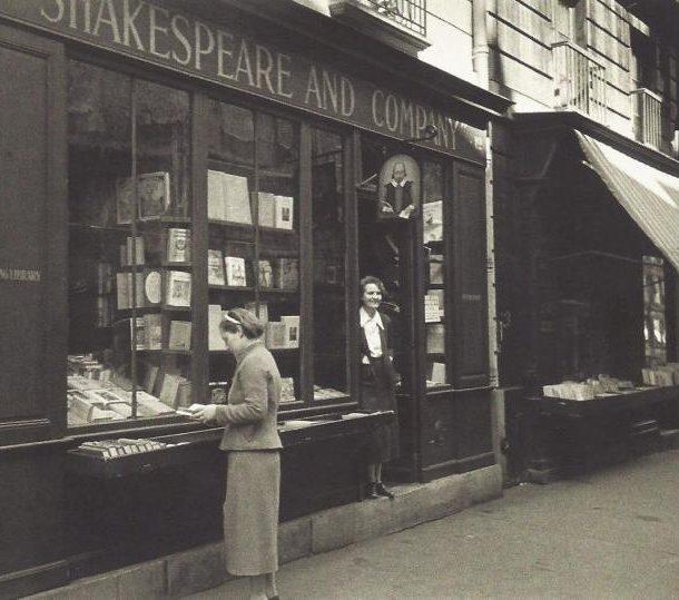 Shakespeare & Company – Το ιστορικό βιβλιοπωλείο στις όχθες του Σηκουάνα!