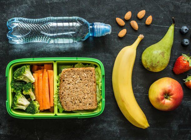 Τα παιδιά πρέπει να τρώνε υγιεινά!