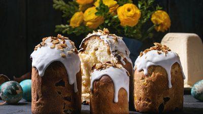 """Μένουμε σπίτι – """"Kulich"""" The Traditional Orthodox Easter Cake!"""